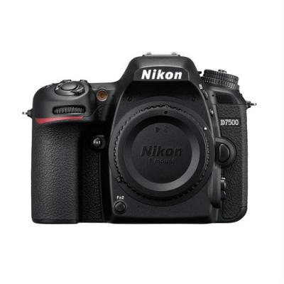 Фотоапарат Nikon D7500 тяло